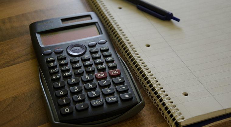 Un seguro de vida con un banco puede ser casi un 50% más caro que con una compañía aseguradora