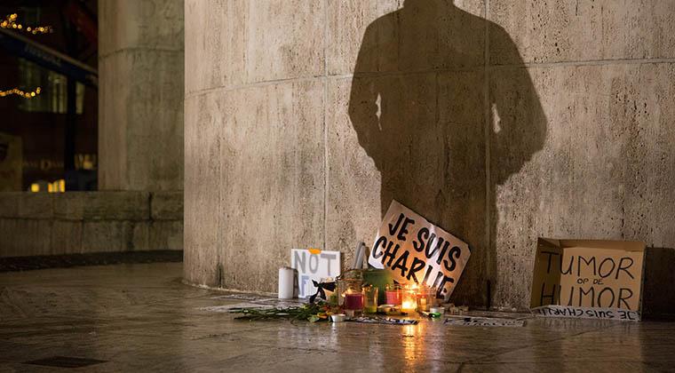 Seguro de vida en ataques terroristas.