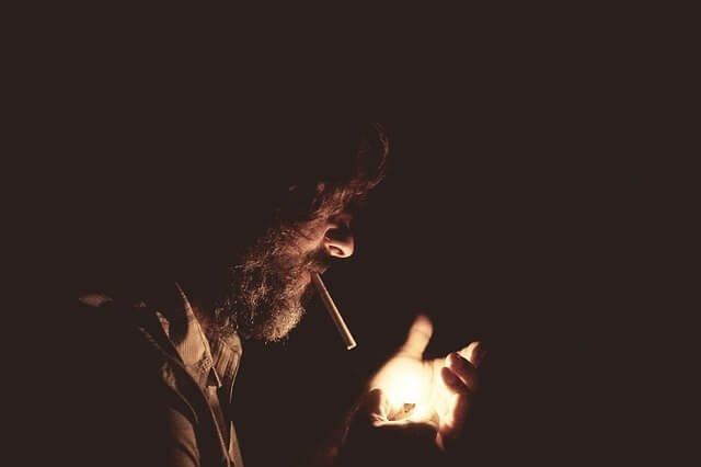 Cómo afecta el tabaco en el precio de un seguro de vida